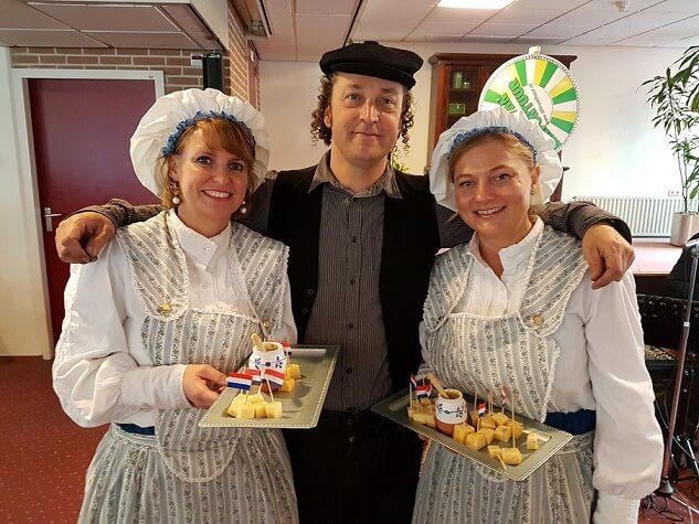 Dutch cheese girls www.olddutchentertainment.nl